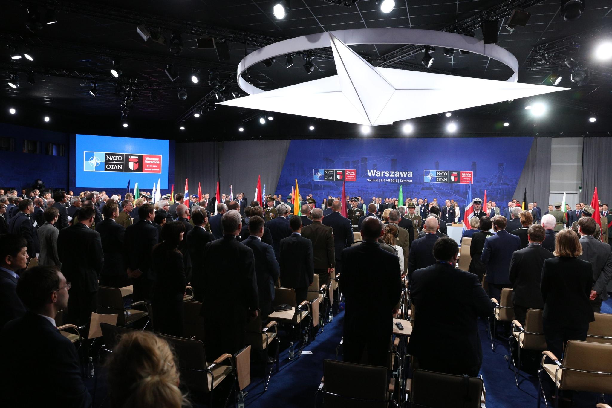 STANOWISKO WEI WS. SZCZYTU NATO