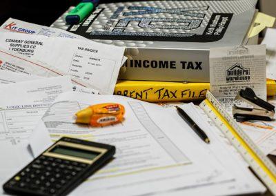 Niższy PIT i mniejszy klin podatkowy oznaczają więcej pieniędzy w portfelach