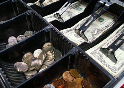 Kasy fiskalne online to dobry pomysł? Stanowisko WEI