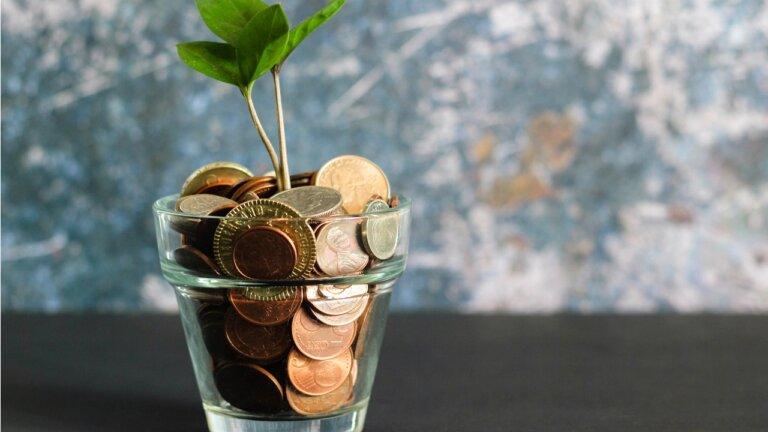 Budujmy dobrobyt w oparciu o oszczędności, nie transfery